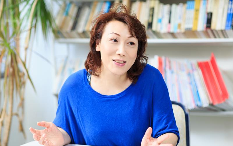 「ニューハーフ」のプライドとともに生きて【前編】,03女性として、美しくなりたい,熟田桐子,トランスジェンダー、MTF